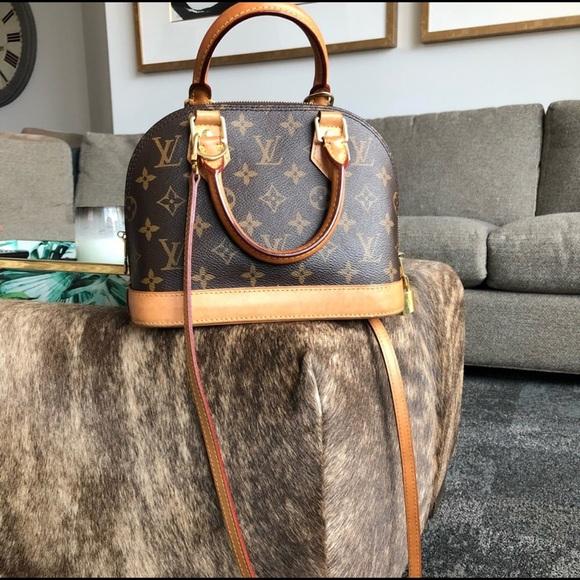 louis vuitton Handbags - Louis Vuitton ALMA BB bag d38e272a28ec1